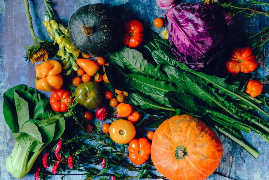Help Nature By Buying From Farmers Markets